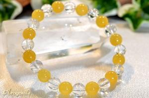 アラゴナイトと高級な水晶を組合わせた人気デザインのブレスレット