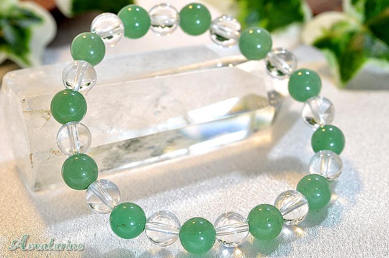 アベンチュリンと水晶を使用した人気デザインのブレスレット