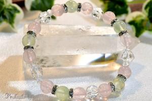 プレナイト・ローズクォーツ・スターカット水晶を使用しキラキラ光るメタルパーツを組合わせたお洒落なブレスレット