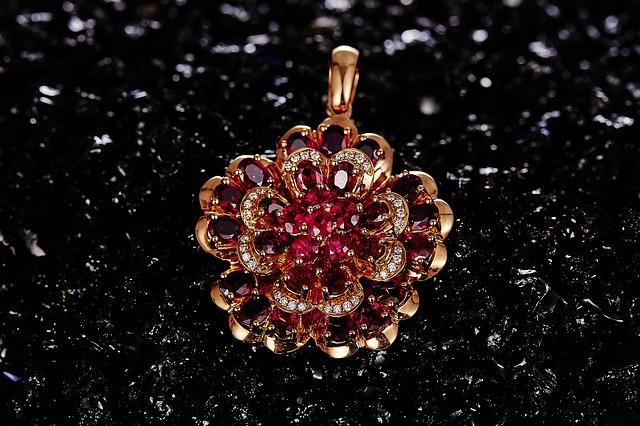 jewelry-625727_640