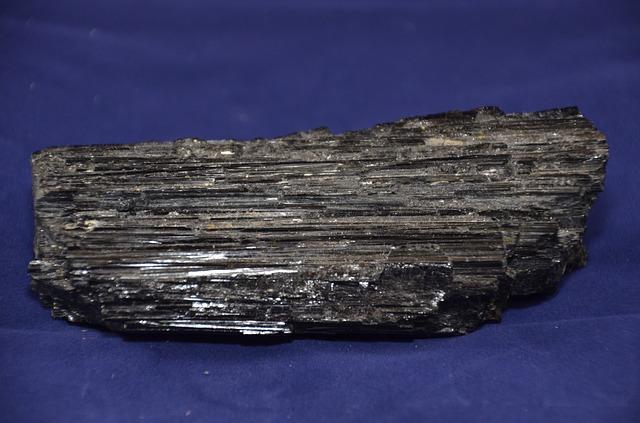 black-tourmaline-1609432_640