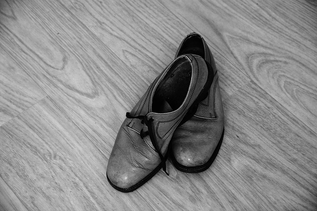 shoes-1562487_640